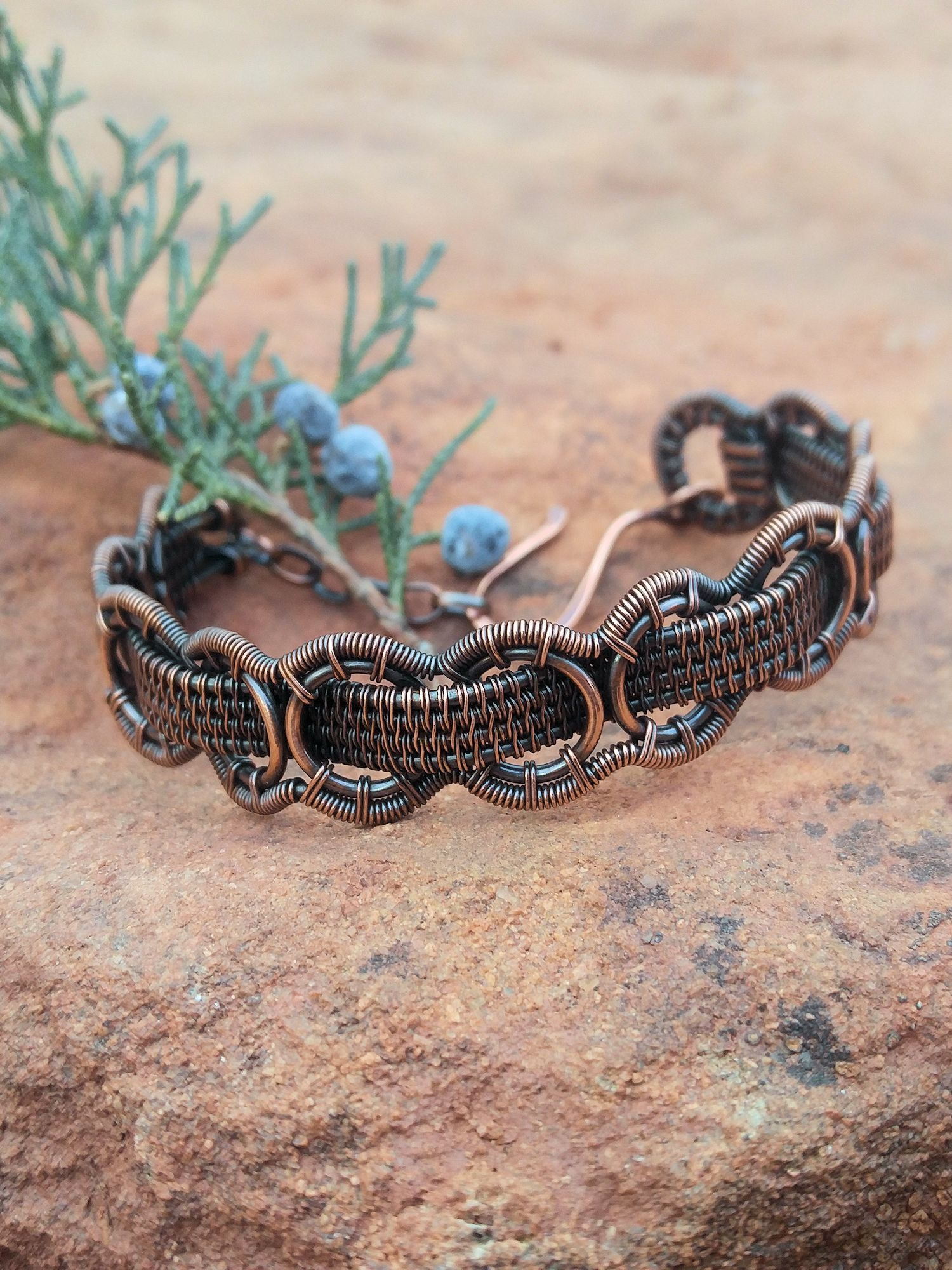 The Interlace Bracelet - Design by Sarah Thompson, Fabricated by Wendi Reamy