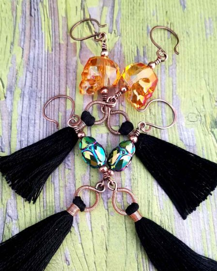 Quick and easy to make, these Spooky Halloween Tassel Earrings are the perfect treat for yourself. Learn to make them with this step-by-step wirework basics tutorial!