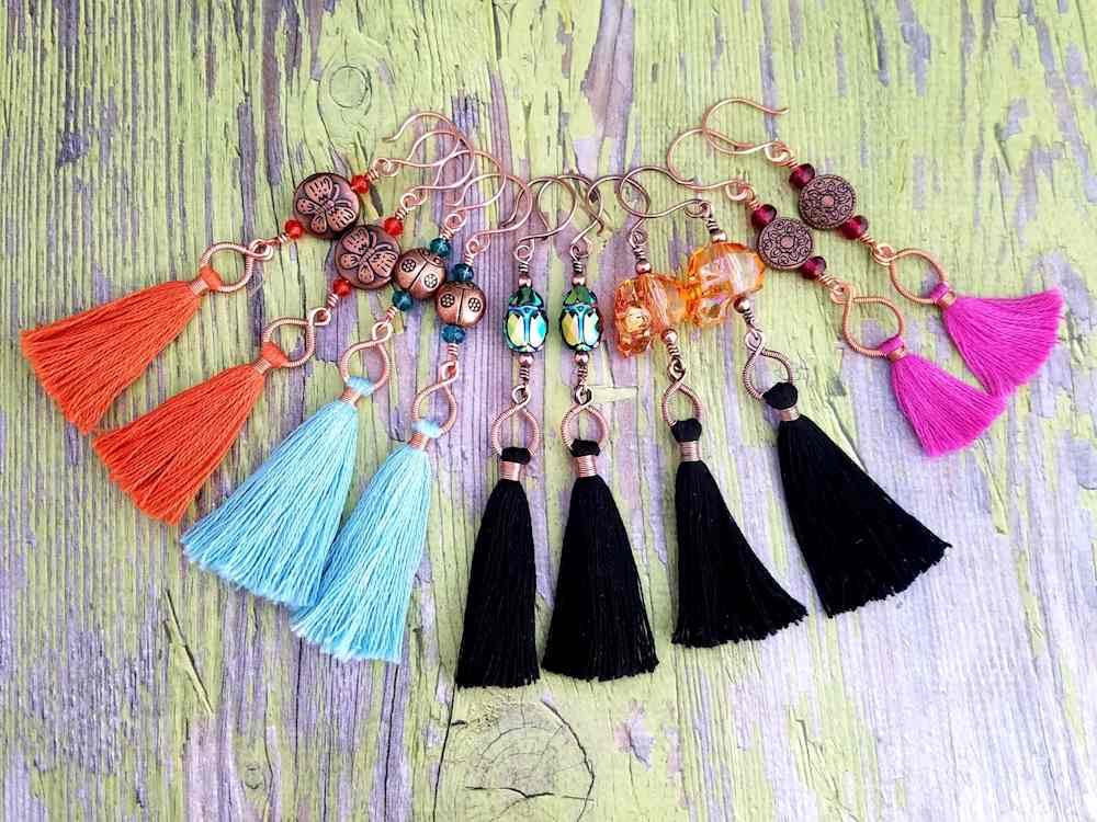 As this image illustrates, it's  easy to adapt the Spooky Halloween Tassel Earrings to any season or holiday by simply changing the color of the tassels and the beads. You can even eliminate the beaded connector entirely and use the tassels alone.