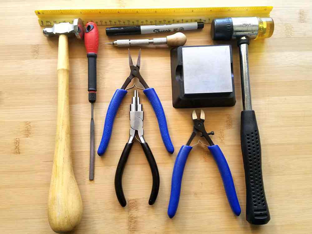 These are the basic tools that are needed to make these perfectly matched ear wires.