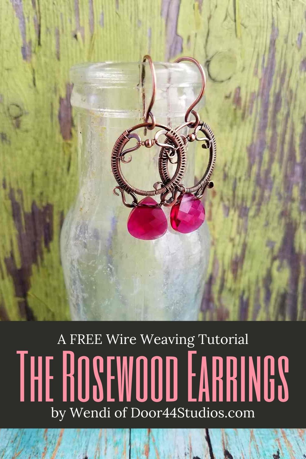 Would you like to learn the art of wire weaving? The free Rosewood Earrings tutorial is both fun and challenging for beginners. And you'll have an elegant pair of earrings to show off when you're done.