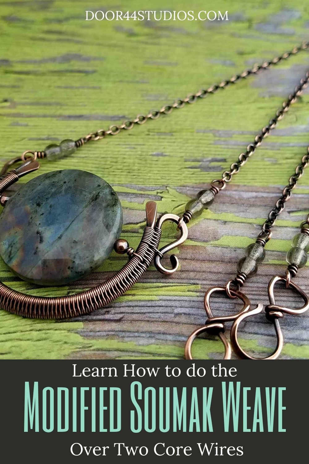 The Modified Soumak Weave is my favorite weave. I use it frequently in my jewelry tutorials. Learn the 2-core version of the Modified Soumak weave in this free tutorial, which is written for both left-handed and right-handed weavers.
