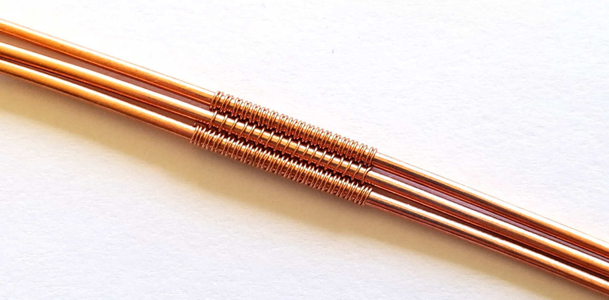 A sample of the Figure 8 wire weave over three core wires